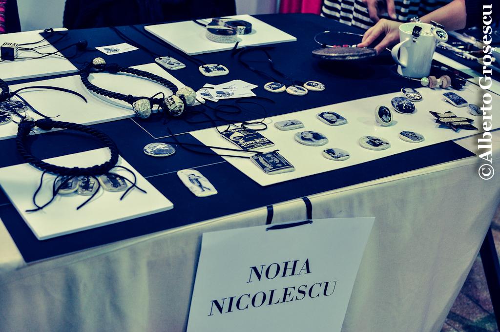 V for Vintage - Salla Dalles Noha Nicolescu